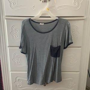 Black and grey shirt sleeve tee